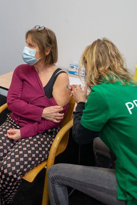 Bruls over vaccinatielobby's van medisch specialisten: 'Ik heb me verbaasd en me eraan gestoord'