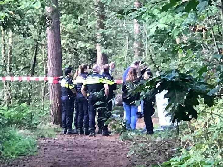 Overleden man aangetroffen in bosgebied Bergen op Zoom