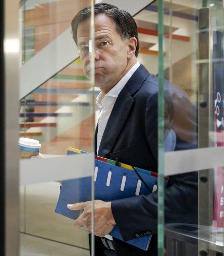 Kabinet versoepelt coronamaatregelen, maar houdt wel hand op de rem