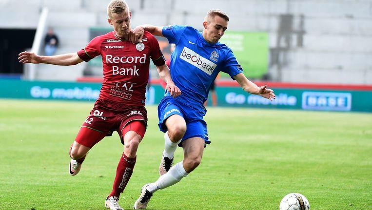 Zulte Waregem verloor eerder met 1-2 van Racing Genk.