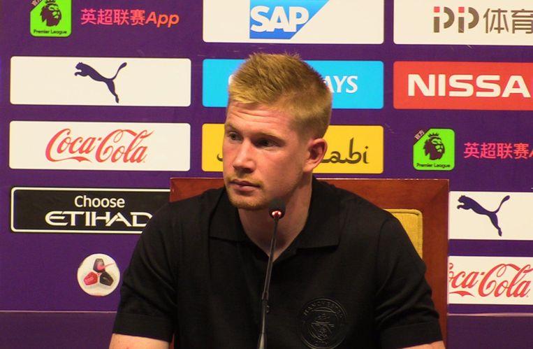 De Bruyne op de persconferentie in China.