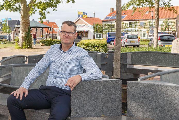 Hans Apperloo, voorzitter dorpsbelangen,  ,,De vorige dorpsvisies waren minder alarmerend van toon''