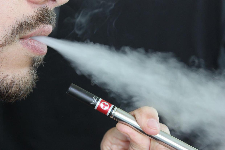 Ook de e-sigaret heeft serieuze nadelen voor uw gezondheid.