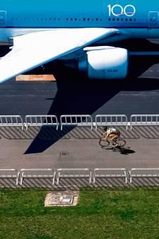 Sporten tijdens de crisis: Een tijdrit op Schiphol, waarom ook niet?