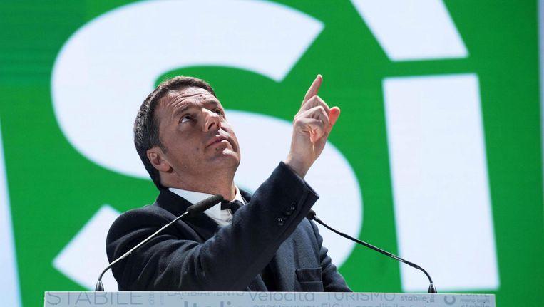 Premier Renzi van Italië voorafgaand aan het referendum. Beeld epa