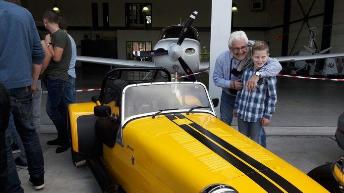 Eerste Fly In Carshow op Breda Airport.