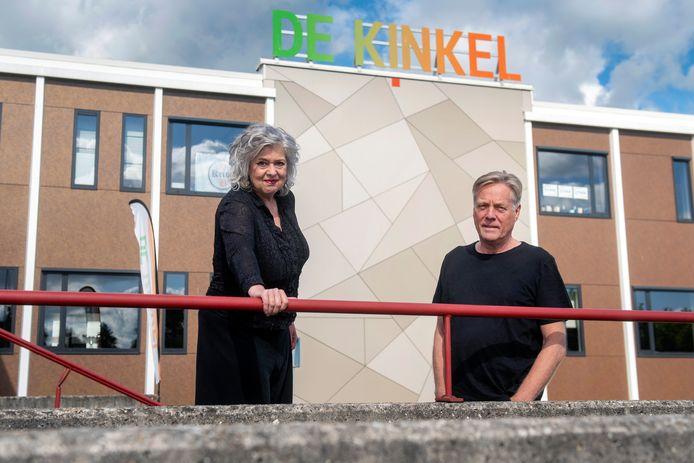 """Philo van Wamel en Bart Elfrink voor de Kinkel in Bemmel. ,,We hopen door deze groei hier weer permanent een atelier te kunnen huren."""""""