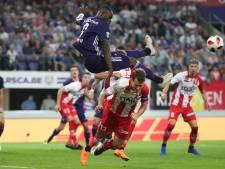 Anderlecht wint ook met tien man vierde wedstrijd