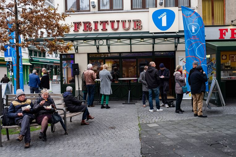 Frituur N°1 werd omgedoopt tot Frituur Radio 1 voor de Belpop top 100.