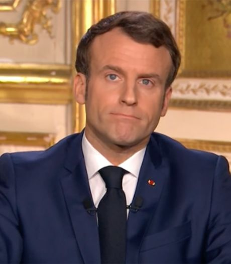 """Le discours d'Emmanuel Macron critiqué pour sa """"rhétorique guerrière"""""""