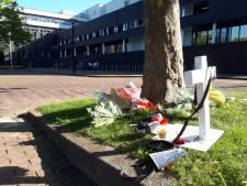 Gedenkplek Arie den Dekker bij gemeentehuis Oss geruimd, familie boos