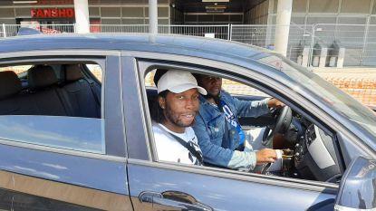 """Mbokani arriveert op de Bosuil en gaat meteen mee op stage, Ivan Leko: """"Iedereen weet hoe belangrijk hij is"""""""