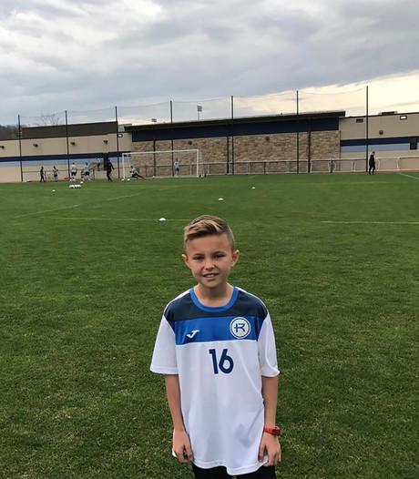AS Roma haalt 10-jarige Instagramsensatie op uit Kansas