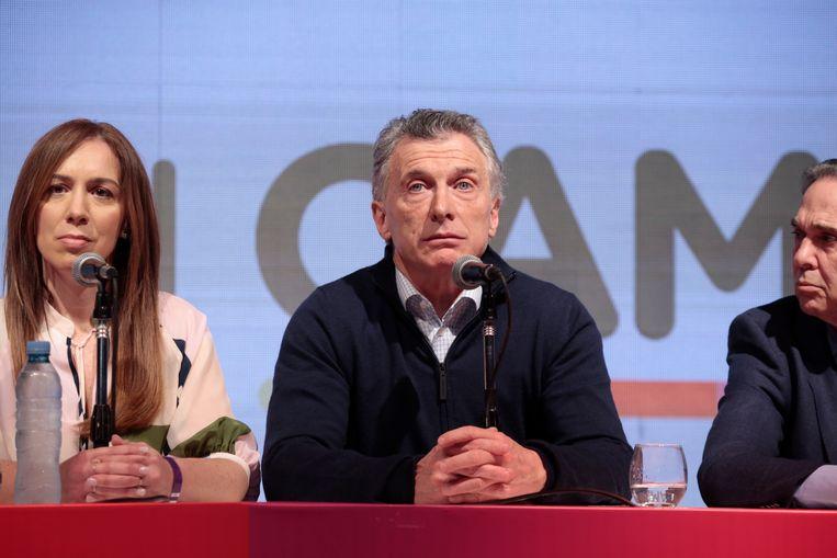 Mauricio Macri tijdens een persconferentie na de uitslag verkiezingen. Beeld Getty Images