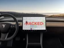 Wie de Tesla Model 3 hackt wint 700.000 dollar