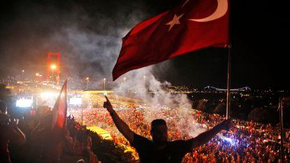 Raids in Turkije na aanhoudingsbevel tegen 89 personen die gelinkt worden aan mislukte coup van 2016