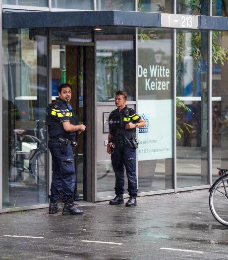 Groot onderzoek nadat bewoner 'twee knallen' hoorde in de lift: 'Geen risico bij mogelijke schietpartij'