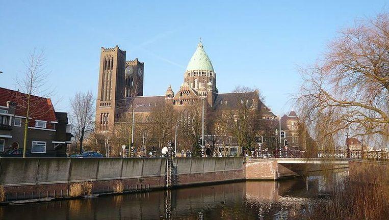 De St. Bavo-basiliek aan de Leidsevaart in Haarlem. Foto: Wikimedia, creative commons Beeld