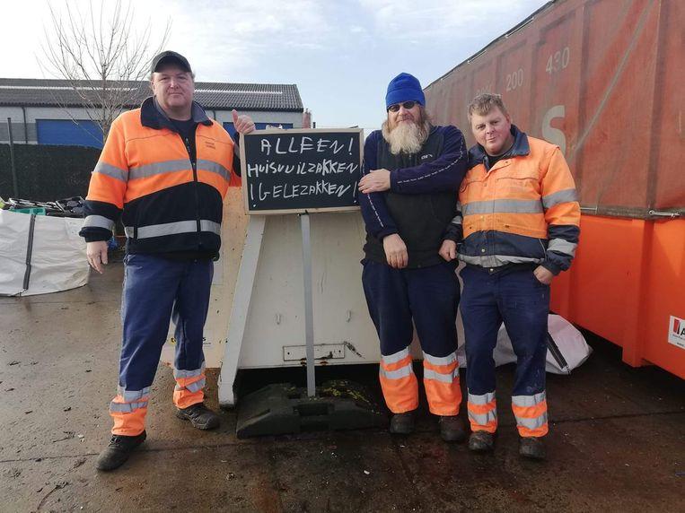 De parkwachters van het containerpark van Lebbeke maakten een container vrij om gele huisvuilzakken te kunnen inzamelen.