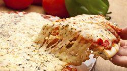 Vier uur sporten om pizza te verbranden: wetenschappers willen nieuw voedingslabel om dat duidelijk te maken