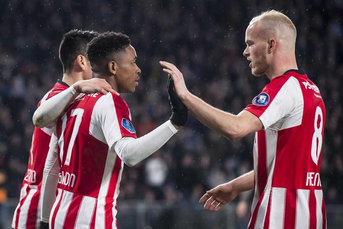 Steven Bergwijn scoorde voor PSV, maar is volgende week geschorst.