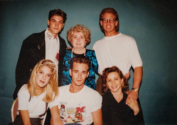 Cast Beverly Hills 90210.