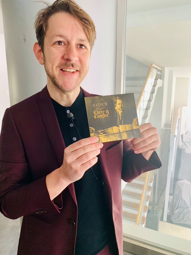 Sioen toont zijn nieuwe cd, 'Cheer & Comfort'