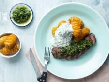 Wat Eten We Vandaag: Bbq-ossenhaas met salsa verde en loaded hasselback-aardappelen