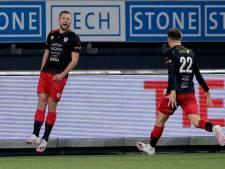 Scorende Thomas Oude Kotte (24) uit Apeldoorn geniet nog even na van bekerstunt tegen PEC Zwolle
