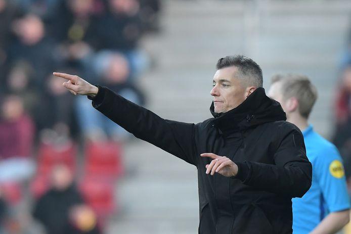 Willem Weijs als coach van NAC Breda. Hij maakt de overstap naar Willem II onder 21.