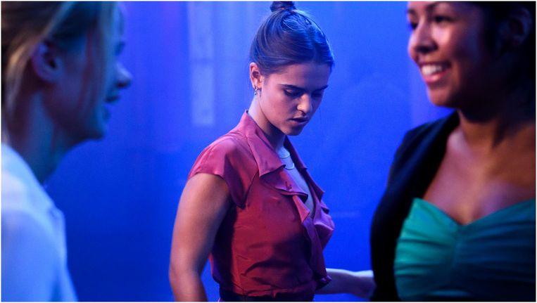Olivia Lonsdale in Silk Road Beeld Pief Weyman