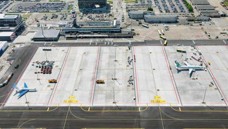 Rotterdam Airport heeft ruimte genoeg voor een groei van het aantal vluchten, maar kan vanwege de eigen geluidsregels niet groeien Beeld Hollandse Hoogte