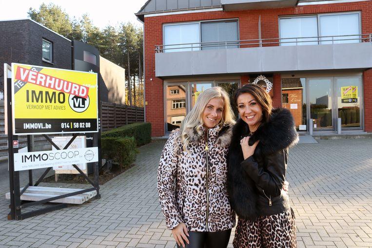 Liesbeth Van Genechten en Romy Mio Caro voor hun toekomstige kinderkledingzaak.