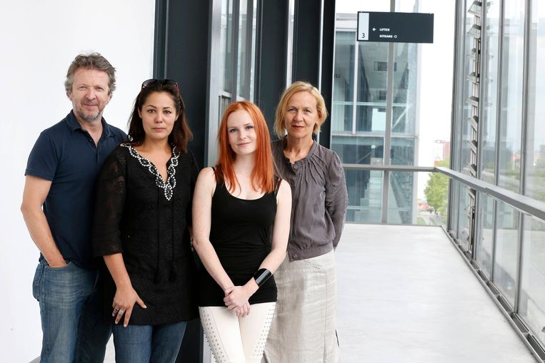 De cast van 'De Ridder' in het Genste justitiepaleis.