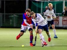 Swaen doet oud-teamgenoten van HC Tilburg das om met hattrick