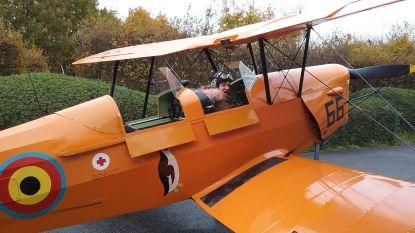 13-jarige vliegt boven stad in dubbeldekker