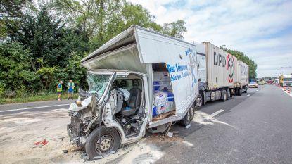 Betrokkene van zwaar verkeersongeval verkeert niet in levensgevaar