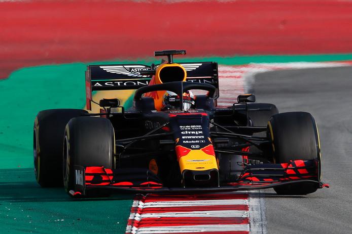 Max Verstappen tijdens de derde testdag in Barcelona.