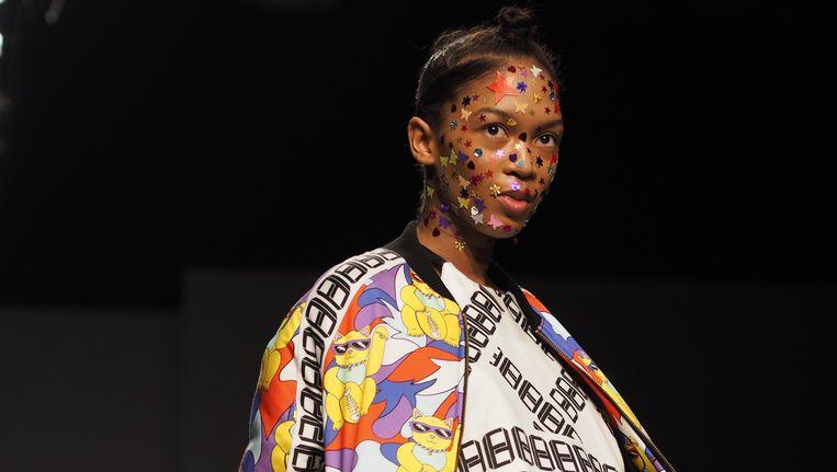 Een van de vrolijke creaties van Esther Haamke Beeld FashionWeek Nederland