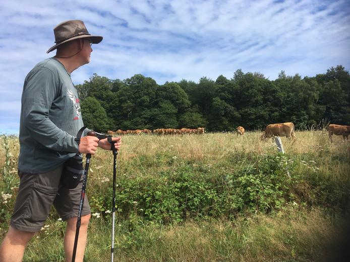Erik tussen het groen in de Limousin.