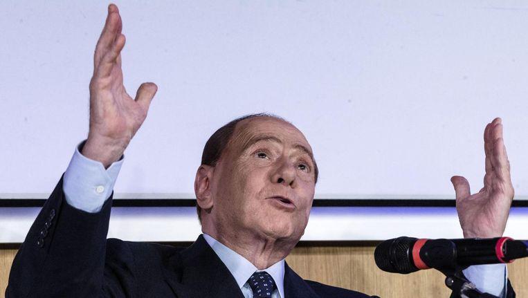 'De overwinning van Silvio Berlusconi, die in maart 1994 voor het eerst de verkiezingen won met Forza Italia, staat mij scherp voor de geest', vertelde Maurizio Ferraris. 'De politiek ondergroef als eerste de zekerheden van ons postmoderne denkers.' Beeld epa
