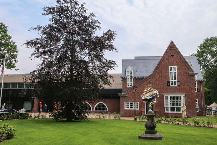 Het Waalrese gemeentehuis.