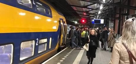 Nachttrein R'dam-Groningen blijft rijden