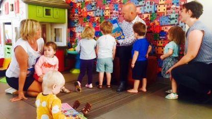 Huis van het Kind wil job van onthaalouder promoten