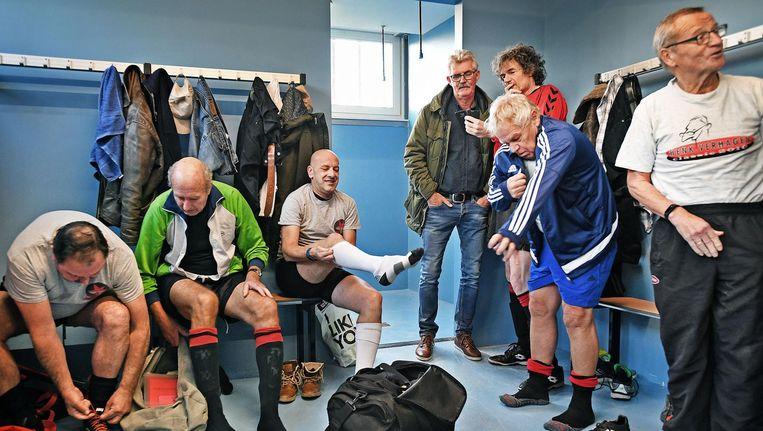 Van links naar rechts: Leen van Netten, Karel Achterberg, Marty van Waveren, Jan van Slooten, Jorge Bolle, Jan Westland en Henk Verhagen. Beeld Guus Dubbelman
