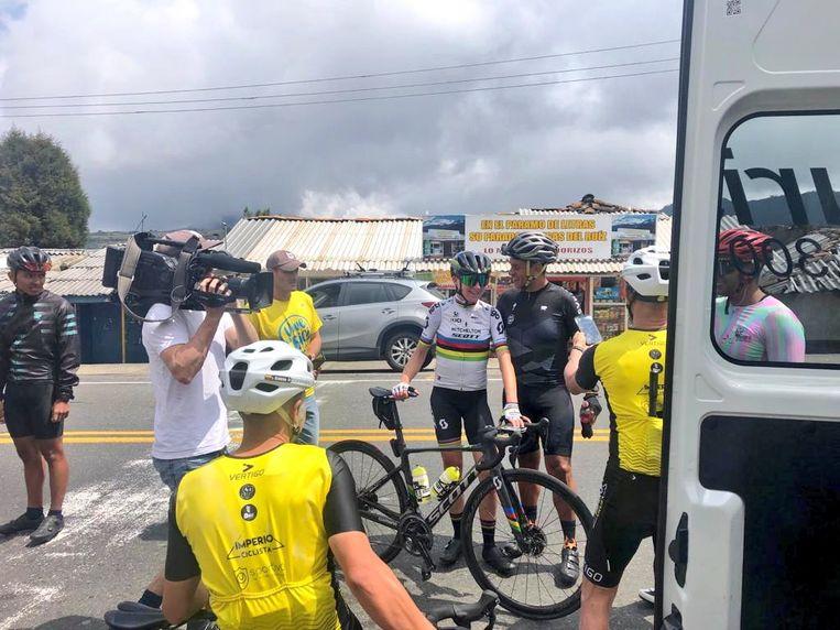 Annemiek van Vleuten in Colombia. Beeld Twitter