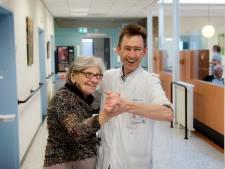 Hoogleraar over de oudere patiënt: Meer praten, minder genezen