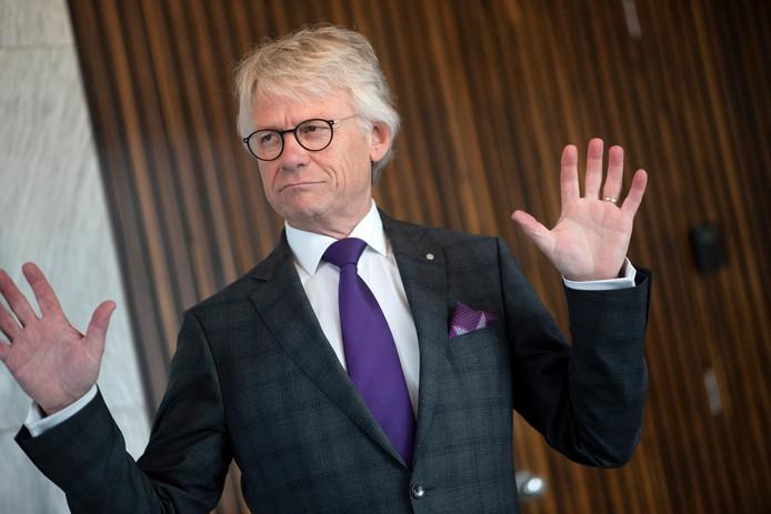 John Berends is honderd dagen commissaris van de Koning in Gelderland. De buitenwacht, erkent hij, zal nog niet echt hebben gemerkt dat hij er is.