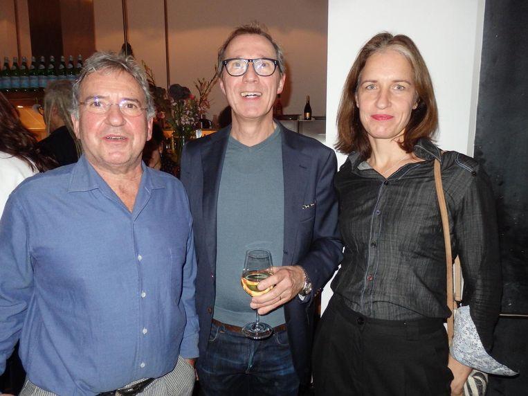 Dit werk van Cohen is aangeschaft door het Groote Museum. Directeur Haig Balian.