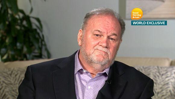 Thomas Markle tijdens een van zijn interviews.